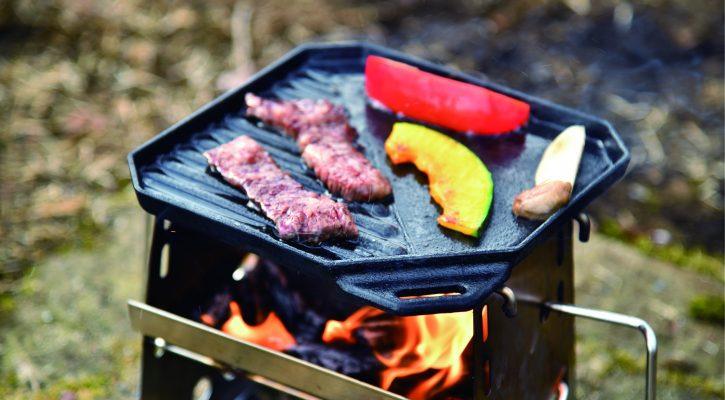 ソロキャン焼き肉ならグリルは必須!料理が100倍美味しくなるおすすめグリルをご紹介!