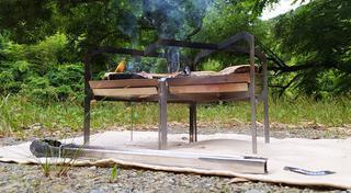 【筆者愛用】ロゴスなど3種類の「焚き火シート(防炎シート)」使い比べレビュー!焚き火をより安全に楽しく!