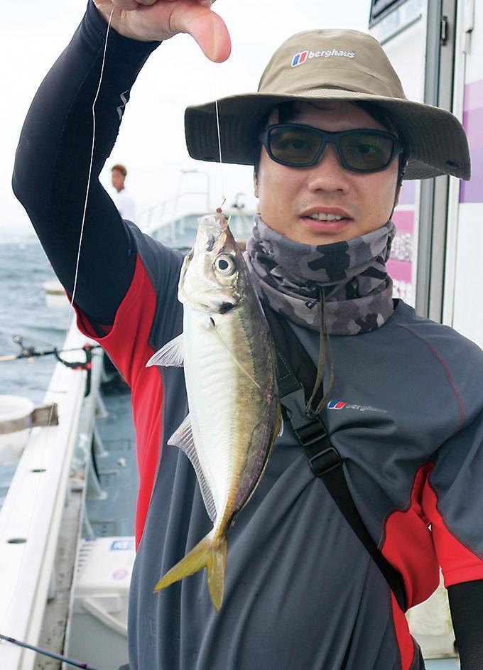 手軽に釣れる!幅広&美味の極上LTアジ絶好調!東京湾 八景沖