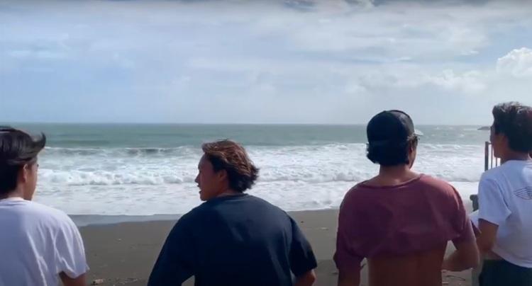 【台風10号】のグランドスウェルのピークを過ぎた9/7(月)のサザンビーチでのocean sideセッション