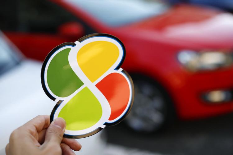 「自分は事故を起こさない」は根拠ゼロの過信! 高齢ドライバーが重視すべき「任意保険」内容とは
