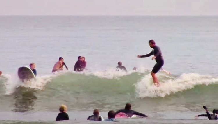 JJ・ウェッセルズとブライアン・ベント 大混雑ドヘニービーチでの優雅なサーフィン映像