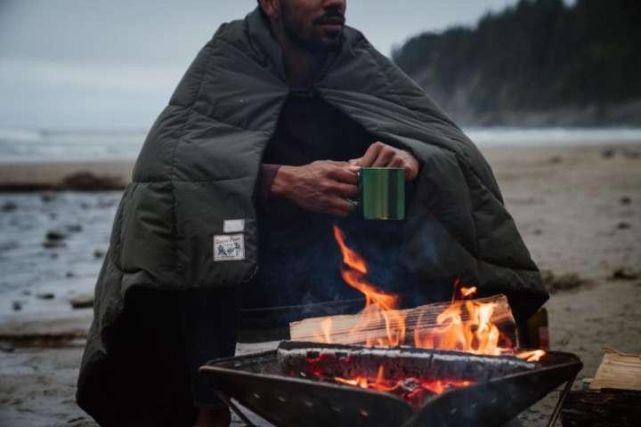 Snow Peak×Rumplの焚き火ブランケットで秋冬キャンプに備えよう