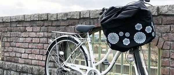 雨・防犯対策に、自転車の前かごカバーが秀逸!選び方やおすすめ商品もご紹介