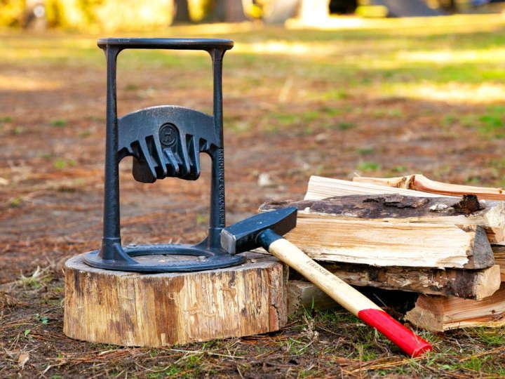 斧やナタだけじゃない!変わり種薪割り道具3選