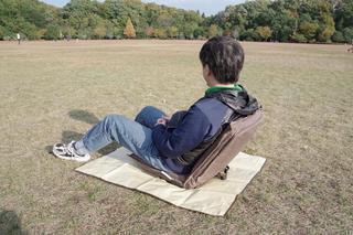 『アウトドア座椅子』を導入してお座敷スタイルを完全制覇! 超快適なキャンプ体験を楽しもう