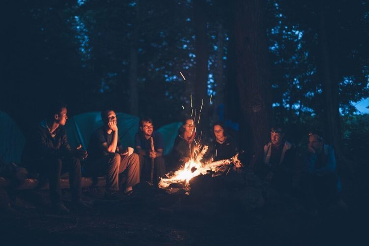 キャンプに使う焚き火台でおすすめなものは?初心者向けに使い方や商品をご紹介