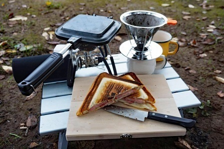 クッカーを使って親子クッキング!キャンプで子どもと簡単・おいしいパンメニュー