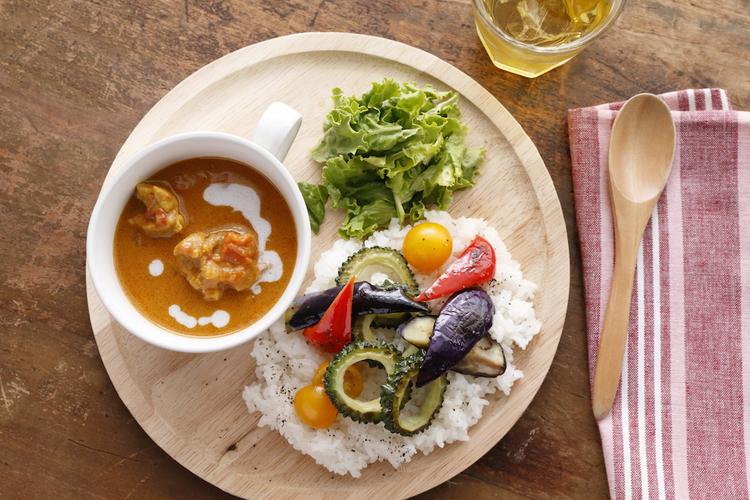 暑い日の夏バテ予防に!「お肉と夏野菜たっぷりのチキンカレー」の作り方|栄養士が教えるガッツリ飯レシピ