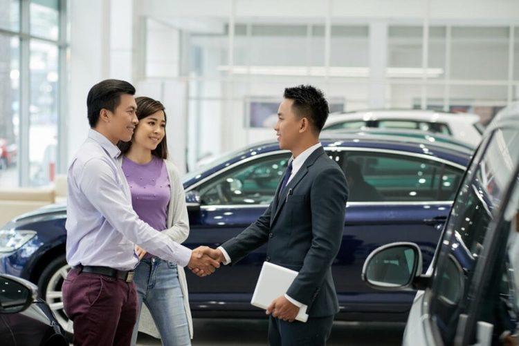 ディーラーと販売点はどう違う?車を買う時・点検・整備・車検時に得することは何?
