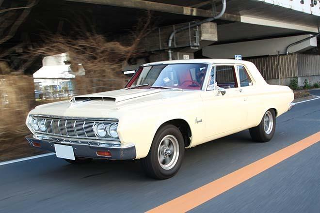 軽量でタフなポストカーなサヴォイ、スーパーストックを象徴するモデル