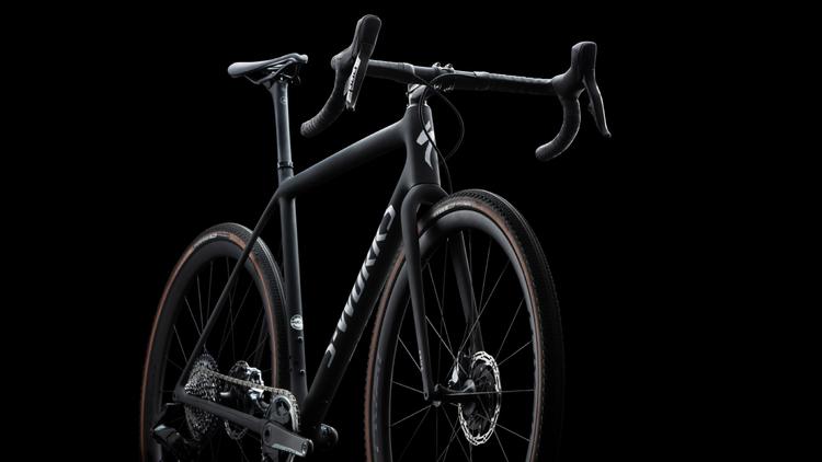Specialized 世界最軽量の新型グラベルバイク「CRUX」を発売