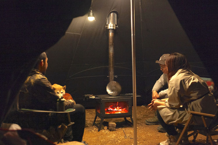 「冬キャンプ」に潜む見えない危険!あなたに忍び寄る「一酸化炭素中毒」の恐怖