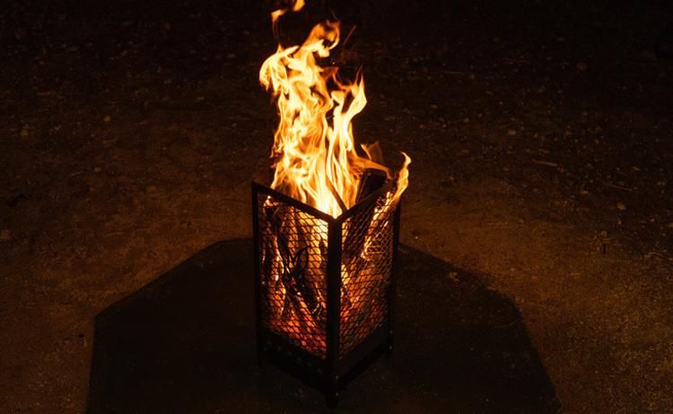 己と薪を熱く燃やせ。パッション系焚き火台「マルデカサターテ」