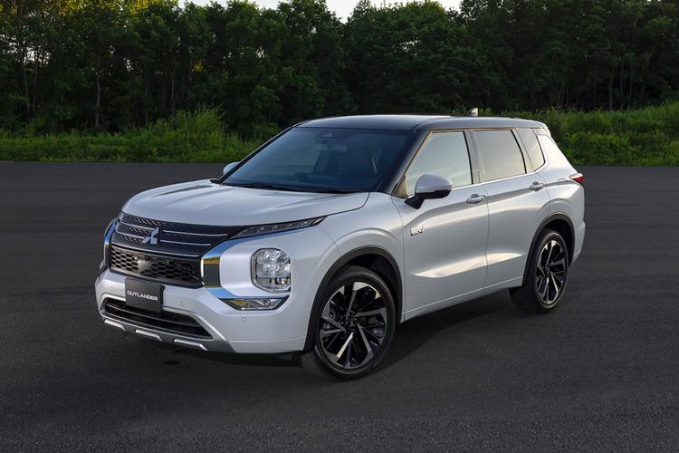 これは売れる?三菱自動車が新型「アウトランダー PHEV」のデザインを公開