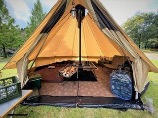【レビュー】ローベンスの大型テント「クロンダイク」は薪ストーブ穴付きで冬キャンプにオススメ!
