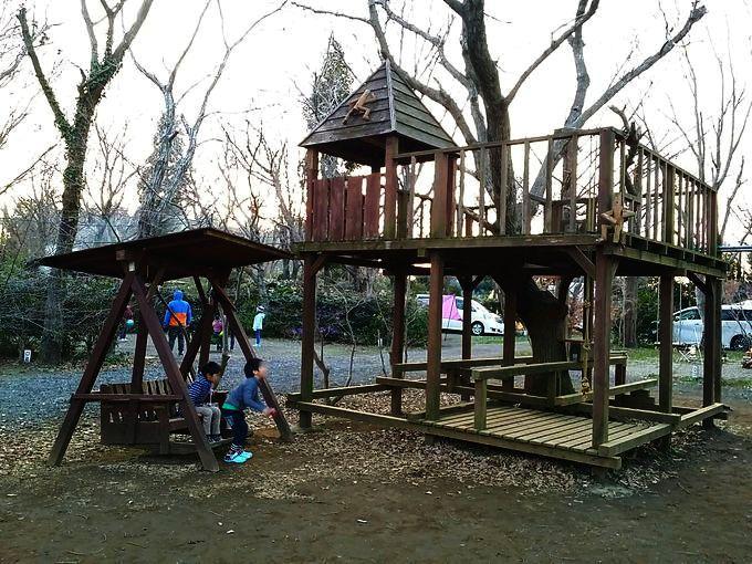有野実苑オートキャンプ場のレビューブログ ~ 子供の遊び場が多くワイルドなキャンプ場