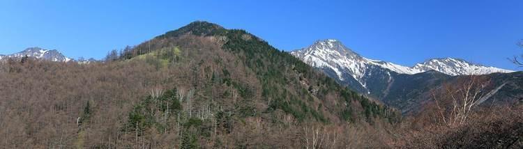 赤岳 真教寺尾根-日帰り雪の真教寺尾根から八ヶ岳横断へ