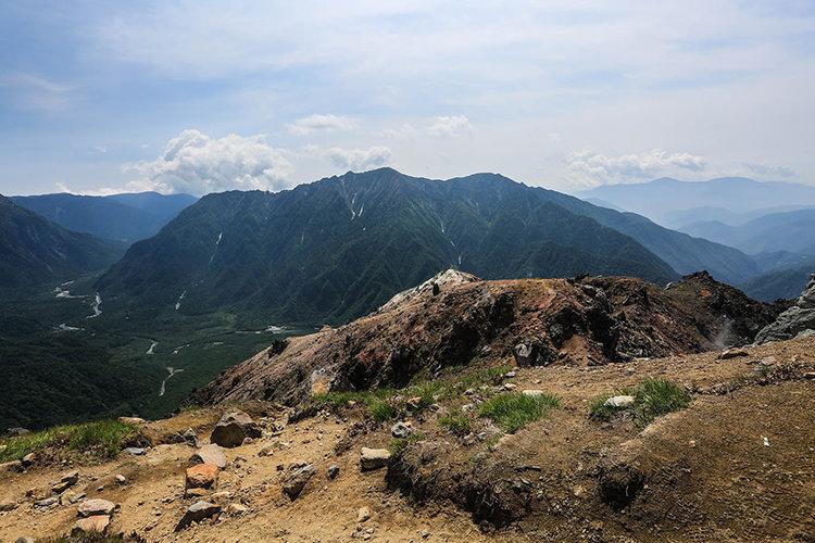 霞沢岳 登山(明神登山口) 日帰りの北アルプス穂高岳眺望の山