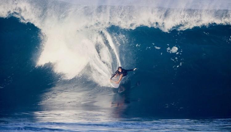 サーフィンの聖地ハワイのパイプラインから名付けられたモンスターエナジー新製品パイプラインパンチ!