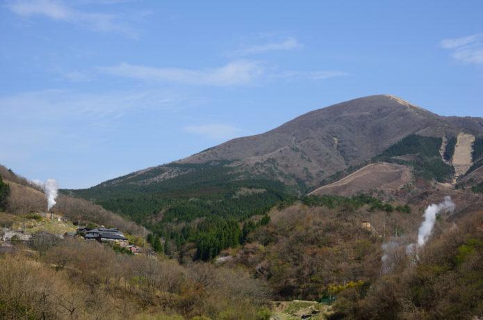 涌蓋山|草原の絶景と温泉を満喫!初心者にもおすすめの登山コース2選