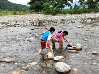 【体験レポ】川遊びもできる!ファミリーキャンプにオススメの「出会いの森総合公園オートキャンプ場」