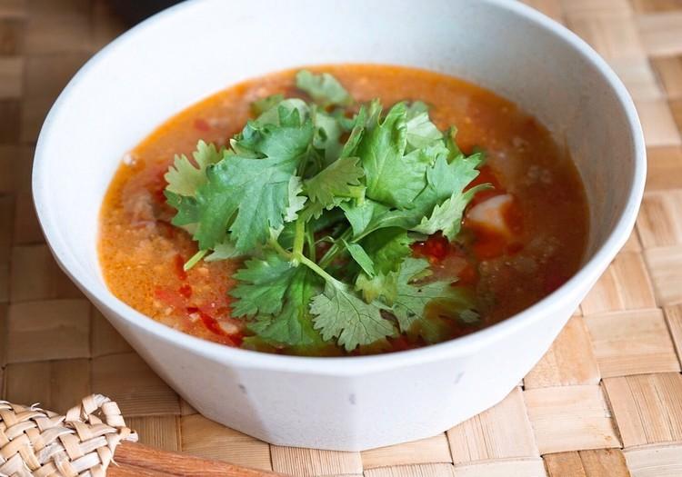 思い出を彩る、山ごはんレシピ#22「7月、トマトとひき肉のスープストック」