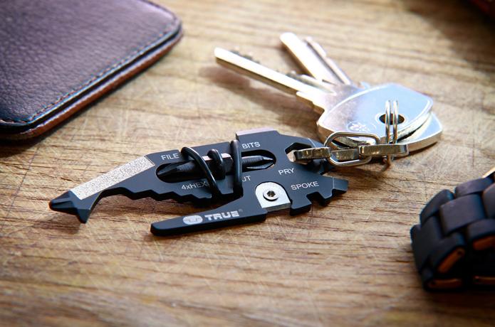 英国発の洗練されたマルチツールブランド「TRUE UTILITY」から超小型なお役立ちアイテム登場【アウトドア通信.447】