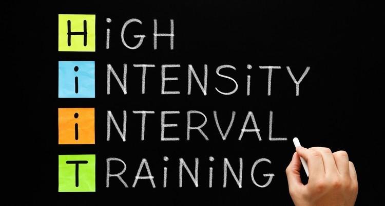 4分間のHIIT「タバタトレーニング」を徹底解説。効果・メニュー例・やり方のポイント