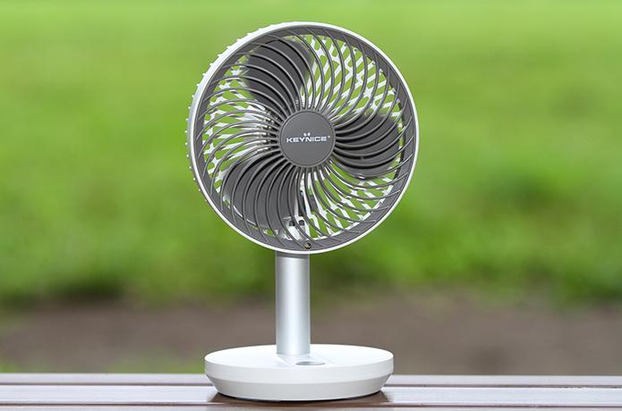 """超コスパのいい """"首振り機能つき扇風機"""" を発見してしまった!【ルーメナー扇風機と比較】"""