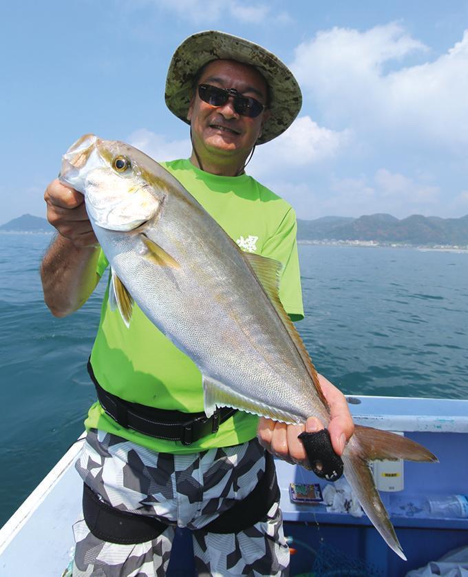 浅場で激釣!カンパチ五目!カッタクリで高級魚!【外房・小湊沖】