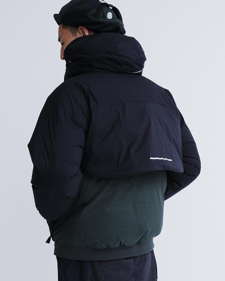 超ショート丈は、防寒力の証⁉︎ アルクフェニックスの、全天候対応型ダウンアノラック。