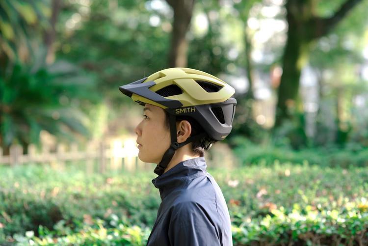 バイクパッキングやツーリング、グラベルライドにも! 衝撃から頭を守るSMITH OPTICSのヘルメットSession