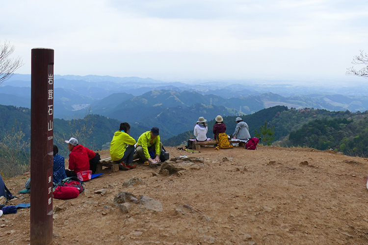 【山ガールカレッジ】初心者向け登山教室『ゆっくり楽しむ山歩き(4)<プランニング(登山計画の立て方&山の歩き方)>高水三山』実習を12月15日(日)開催