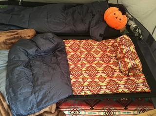 【ライター直伝】冬キャンプの睡眠対策! おすすめの寝袋&寝る時の服装をご紹介