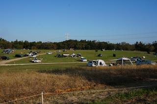 【関東】牧場の広々フリーサイトを夕方まで満喫!「森のまきばオートキャンプ場」体験レポ