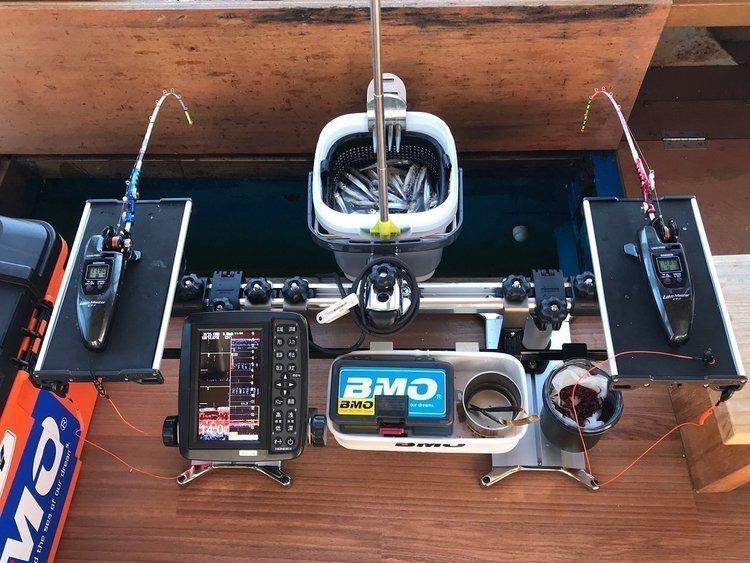 ワカサギ釣りを圧倒的に快適な釣行にするアイテム特集!BMOジャパンのワカサギレールとリール台をオススメする理由とは?