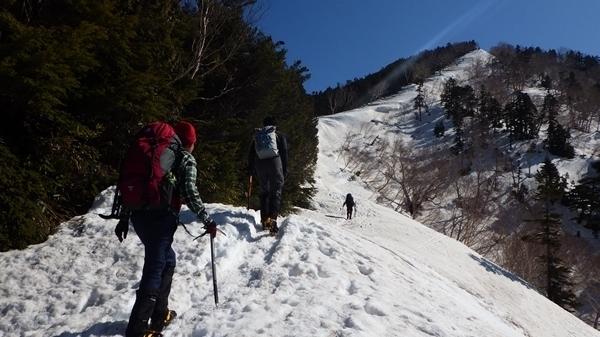 いざ雪山へ!初めての雪山は講習会へ参加しよう