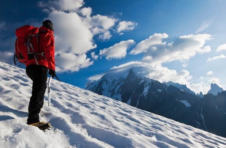 雪山初心者必見!アイゼンの爪の数と選び方 – 山の相談小屋