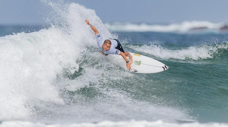 """【WSL】CTサーファーGriffin Colapintoを抑えた大原洋人はじめ、稲葉玲王、村上舜がラウンド3進出!  オーストラリアのマンリービーチで開催中のQSCS""""Sydney Surf Pro""""において日本人選手が快進撃でスタートを切る!!"""