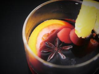 電子レンジで簡単ホットワイン! 風邪予防にもおすすめなホットワインレシピをご紹介