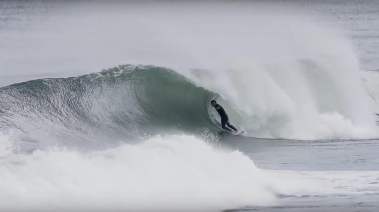 【BAGBEE最新動画】椎葉順、伊東李安琉をはじめとしたプロたちが今年1番の激掘れ波をスコアした南国THE DAYセッション