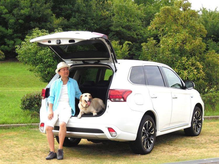 近所のお散歩と同じじゃない! 愛犬とキャンプに行くなら必須の装備と憶えておくべき注意点