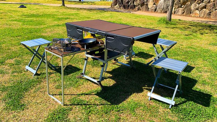 新しすぎる発想! アウトドア多機能テーブルセット「EAGLE TABLE」がクラファン中!