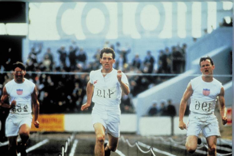 パリ五輪を走った2人のレジェンドの実話『炎のランナー』|スポシネ:観たらスポーツしたくなる映画