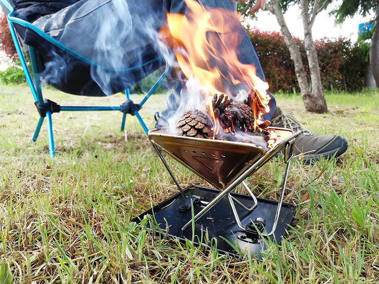 【レビュー】ノースイーグル「焚き火台mini」がコンパクト&頑丈でソロキャンプに最適!