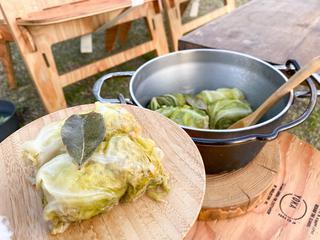 【レシピ】春野菜を使った簡単キャンプ飯4選 菜の花や春キャベツで免疫力アップ!