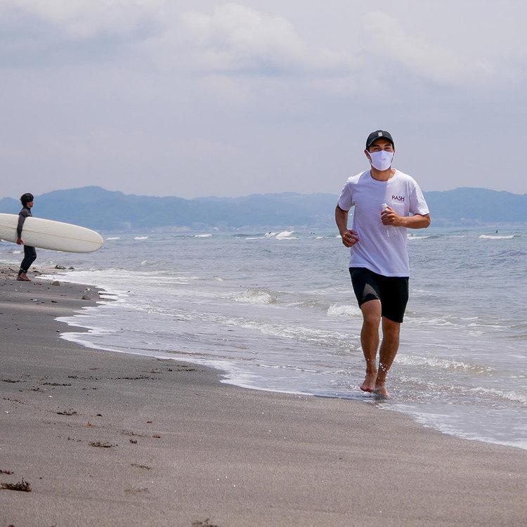 【洗って繰り返し使用可能!】日本トップレベルのハイクオリティーを誇るRASH wetsuitsより夏でも涼しいCOOLタイプと通気性がよく呼吸も快適なSPORTSタイプといった2種類のフェイスガードがリリース!
