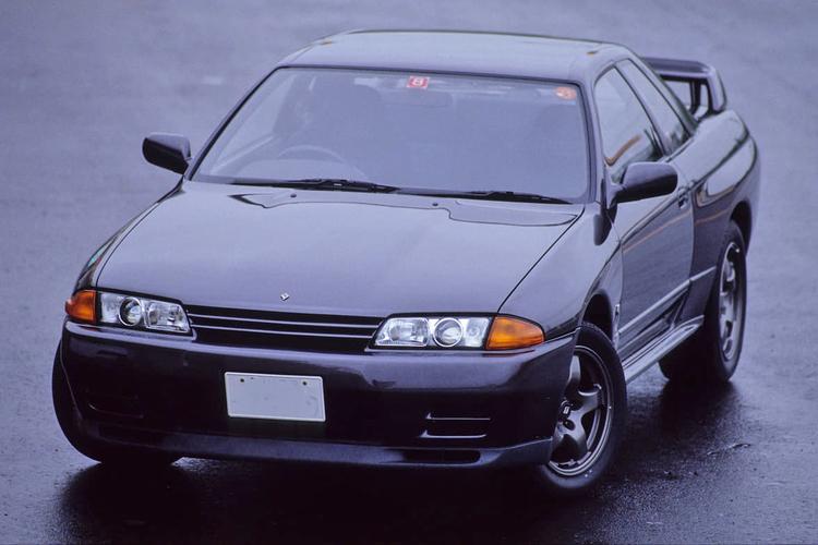 「シーマのライト」「GT-Rのホイール」他メーカー製でもカッコよければ移植した「純正流用」カスタム10選