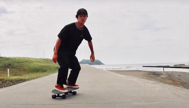 サーフィンの為のスケートボード『DRAG SKATE』アップスンダウン編 比較映像